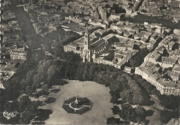 Nïmes (30) :Vue Aérienne Générale Au Niveau De La Place De L'esplanade En 1950  GF. - Nîmes