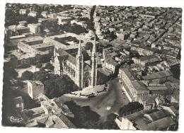 Nïmes (30) :Vue Aérienne Générale Au Niveau De La Place Des Carmes Et L´église St-Baudile En 1950  GF. - Nîmes