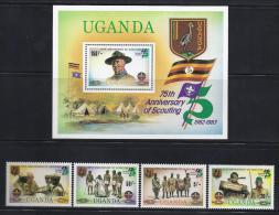 SCOUTS - UGANDA  1982 -  Yvert #H35 294/97 - MNH ** - Movimiento Scout