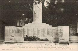Etain. Monument élevé à La Mémoire Des 125 Enfants Morts Pour La France. - Etain
