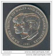 Pièce De 25 New Pence Prince Of  Wales Charles And Lady Diana 1981 Great Britain - Elizabeth II - 1971-… : Monnaies Décimales