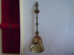 BRUXELLES MANNENKEN PIS Vintage Souvenir Lepel Suiker Petite Cuilllère Pour Sucre Little Spoon For Sugar  (ref 43) - Cuillers