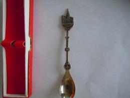 BRUSSEL BRUXELLES Stadhuis Hôtel De Ville Vintage Souvenir Lepel Petite Cuilllère Pour Little Spoon (ref 50) - Cuillers