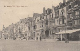 Cpa/pk 1913 La Panne De Panne La Digue Centrale Grand Hotel - De Panne