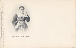 Carhaix 29 -  Précurseur - Jeune Fille - Carhaix-Plouguer