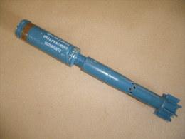 Grenade à Fusil D'exercie Bleue ( Inerte Recontituée ) - Equipement