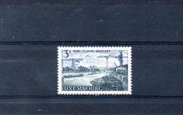 LUXEMBOURG. N°708 (neuf Sans Charnière : MNH) De 1967. Péniche Sur La Moselle. - Schiffe