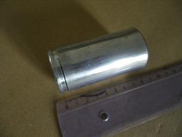 Une Cartouche Fusée Verte Cal 40mm - Equipement