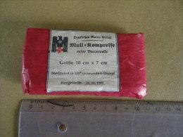 Mull6kompresse 10cmX7cm ( Rouge ) 1940 Allemande - Equipement