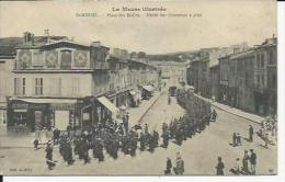 Saint Mihiel  Défilé Des Chasseurs Place Des Halles - Saint Mihiel