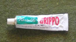"""Lawn Bowls -   50 Ml Tube Of  """"HENSELITE GRIPPO"""" ; Used With C 70% Remaining - Bowls - Pétanque"""