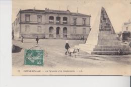 Constantine Pyramide Et Gendarmerie - Constantine