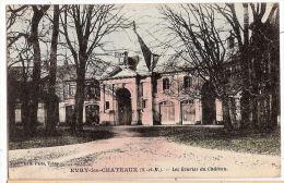 CPA Evry Les Chateaux Les Ecuries Du  Château  77 Seine Et Marne - Unclassified