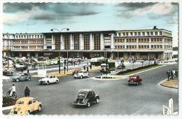 Cpsm: 80 AMIENS La Gare Du Nord (Voitures, 4 Cv Renault, Traction Blanche, Peugeot 203, Camion) N° 250 - Amiens