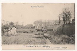 Vues De Flandre  .................... BERGUES .................... LES REMPARTS ..........................  À  VOIR - Bergues