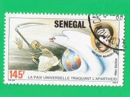 ,,, SENEGAL ,, NELSON MANDELA   ,,, LA PAIX UNIVERSELLE TRAQUANT L'APARTHEID  **   145  F.   ** ,,, 1986 ,,, TBE - Senegal (1960-...)