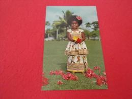 Fiji  9x14 Fijian Baby Elisabeth With Hibiscus Flowers - Figi