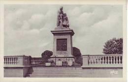 62 LIEVIN - Le Monument Aux Morts - D8 - Lievin