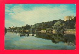 U.S.A.  WISCONSIN  -  MILWAUKEE  -  186  Juneau Park Lagoon Showing Elks Club & Cudahy Towers  ( 1957 ) - Milwaukee