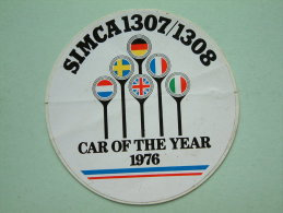 SIMCA 1307 / 1308 Car Of The Year 1976 ( 9 Cm. ) Zelfklever / Sticker ( Zie/voir Details Foto ) ! - Cars
