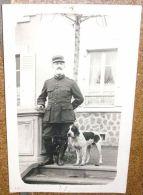 Carte Photo Originale WW1 Officier Service De Santé Et Mascotte - 1914-18