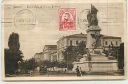 BUCURESTI  Universitate Si Statuia Bratianu - Roemenië