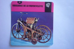 Sports Moto - Carte Fiche Moto - Naissance De La Motocyclette ( Description Au Dos De La Carte ) - Cartes Postales