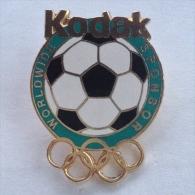 Badge / Pin (Olympic / Football / Soccer) - Sponsor Kodak - Olympic Games