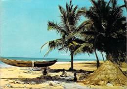Afrique > TOGO Pêcheurs Sur La Plage (pirogue ((arbre Arbres Tree Trees) (Photo Zouki ) Voir Description *PRIX FIXE - Togo
