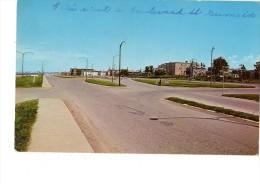 CANADA---RIMOUSKI-- L´entrée Ouest De La Ville Par Le .......---voir 2 Scans - Rimouski