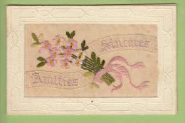 CPA Brodée - Amitiés Sincères Avec Bouquet De Fleurs - 2 Scans - Brodées