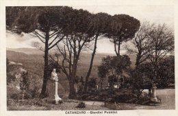 [DC7105] CATANZARO - GIARDINI PUBBLICI - Viaggiata 1930 - Old Postcard - Catanzaro