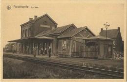 Froidchapelle :  La Gare  (  Station )   -  Carte Carnet - Froidchapelle