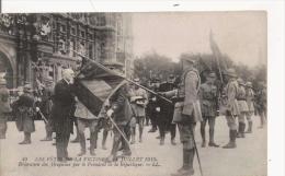 LES FETES DE LA VICTOIRE 14 JUILLES 1919 DECORATION DES DRAPEAUX PAR LE PRESIDENT DE LA REPUBLIQUE 49 - Weltkrieg 1914-18