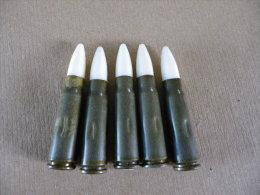 5 Cartouches De Manipulation  Calibre 7,62mm Pour Kalash (ogive Blanche) Inerte - Equipement