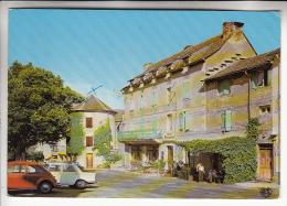 SALLES CURIAN PARELOUP 12 - Centre Du Village Place De La Mairie - CPSM GF (1974) N° 1043 - Aveyron - France