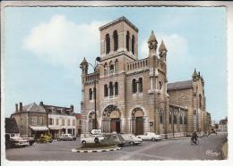 DIGOIN 71 - Place De L'Eglise : Commerces Automobiles 2 CV DS 19 -  Jolie CPSM Dentelée GF (1971) N° 31 - Saône Et Loire - Digoin