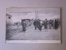 """Cartolina Reggio Calabria """"PELLARO - Terremoto 28 Dicembre 1908. Trasporti Di Feriti"""" - Reggio Calabria"""