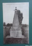 79 -COMBRAND  -  Colonne Marigny Au Cimetiere - Otros Municipios