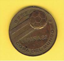 FICHAS - MEDALLAS // Token - Medal ~~ Futbol ESPAÑA 1982 - Inglaterra Campeona 1066 - Profesionales/De Sociedad