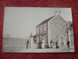 Carte Photo A Identifier - (blanchisserie Pin &gros  Sur La Plaque A Coté Du Portillon) - Cartes Postales