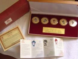 Coffret Officiel Des 5 Médailles Plaquées Or Des Mascotes Commémoratives Des JO De Pékin,Peking, Beijing 2008 - China