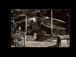 14 - LUC-SUR-MER - La Baleine Au Jardin Public - Luc Sur Mer