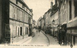 CPA 88 NEUFCHATEAU L HOTEL DE VILLE RUE SAINT JEAN 1915 - Neufchateau