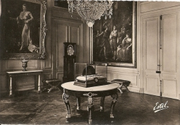 77920 FONTAINEBLEAU - PALAIS En 1947 - Fontainebleau
