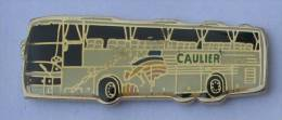Pin's  TRANSPORTS CAULIER Tourisme - L'autocar - Carte De L'Europe -  C1125 - Transports