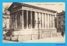 NIMES (Gard) LA MAISON CARRÉE. - 1923 - - Nîmes