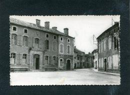 CASTELNAU RIVIERE BASSE PLACE DE LA MAIRIE  CIRC  OUI  / 1957  EDIT