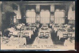 70 --- Luxeuil - Les - Bains  -- Hotel Du Lion Vert  -- La Salle A Manger  -- A.Grille , Proprietaire - Luxeuil Les Bains