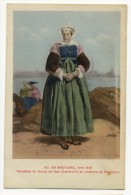 EN BRETAGNE- Vers 1840 - Paludière Du Bourg De Batz En  Costume Du Dimanche. - Batz-sur-Mer (Bourg De B.)